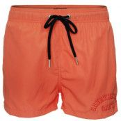 Gant Lightweight Short Cut Swim Shorts * Fri Frakt * * Kampanj *