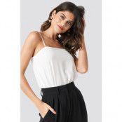 NA-KD Party Square Neckline Bodysuit - White